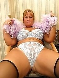 Horny Minxy plays with nice wet tits and pink pussy